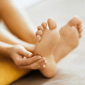 Грибок ногтей на ногах - симптомы